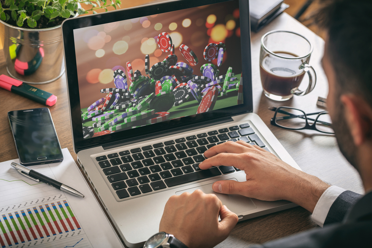 Why you should use an online casino